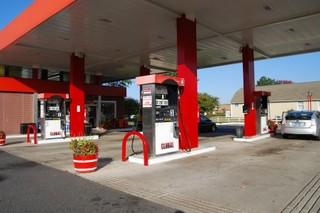 ガソリンスタンド1.jpg