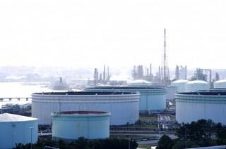 石油貯蔵所.jpg